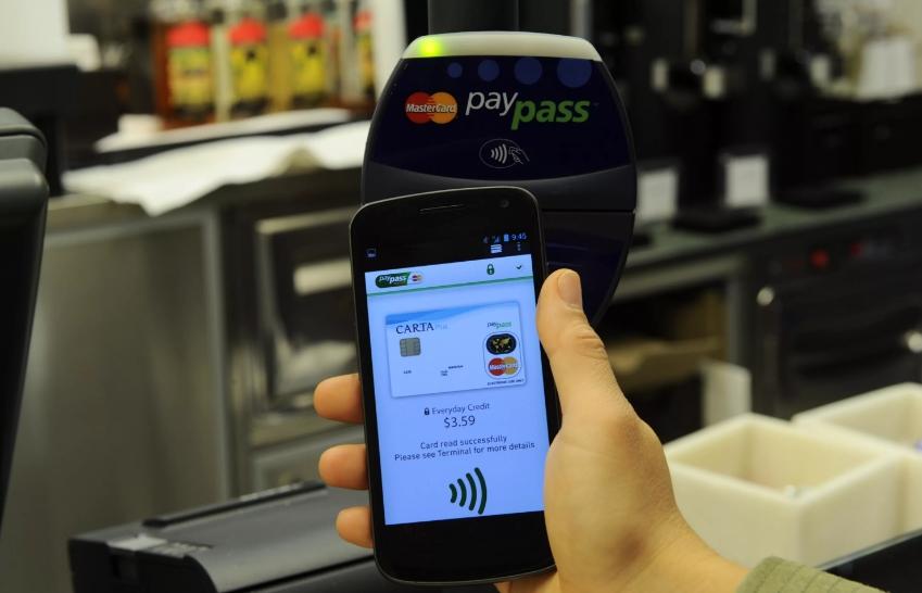 оплата телефоном PayPass