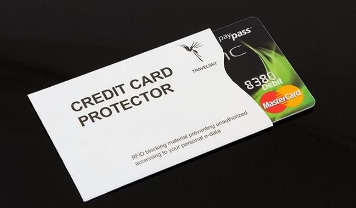 Защитные чехлы для бесконтактных карточек