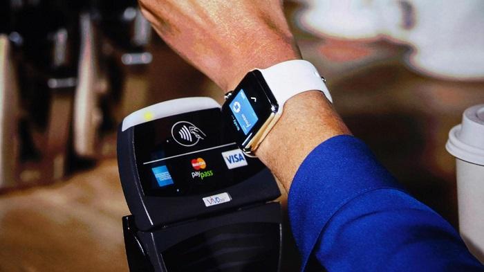 Как на Apple Watch работает Эпл Пей